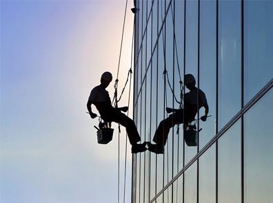 Мойка окон и стеклянных фасадов в Москве